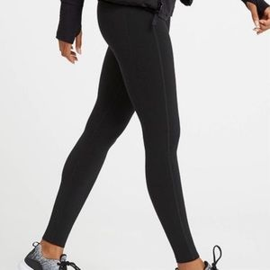 SPANX Black Work Out Leggings Size Medium